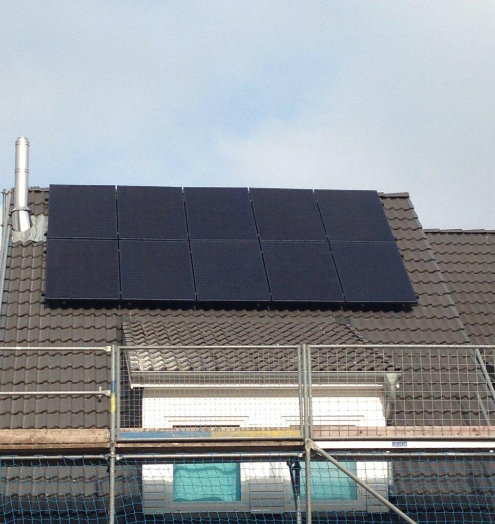 3,5 kWp Dachanlage mit Batteriespeicher aus 2020, Hamburg, Deutschland
